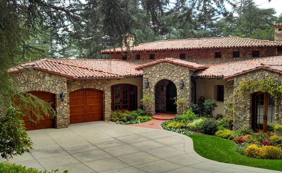 classic tapered mission clay roof two piece tile in 67% F72 Mahogany and 33% F45 tobacco with weepy mortar and field boosting on custom home in La Cañada Flintridge California