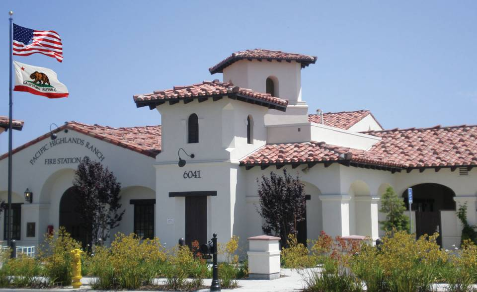 corona tapered mission two piece clay roof tile in 75% B301 old mission blend and 25% 2f34 Carmel on Pacific Highlands Ranch Fire Station, San Diego, CA