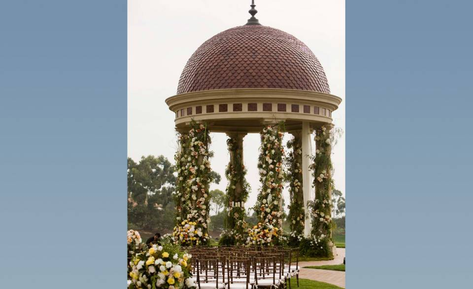 Pelican Hill Wedding Rotunda specialty fish scale clay roof tile for dome
